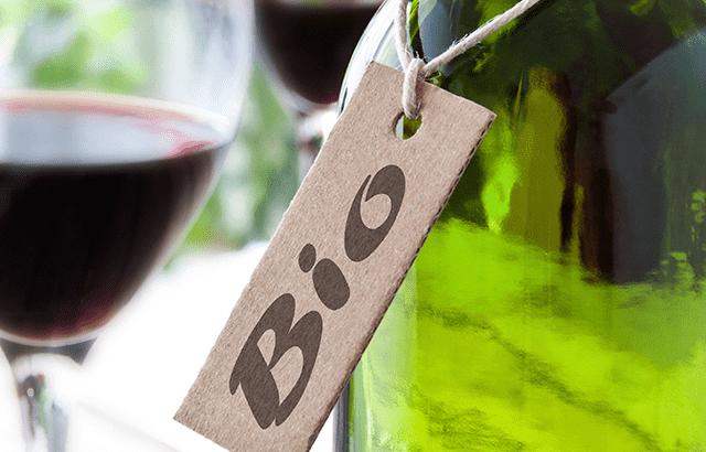 qui veut la peau du vin bio ?